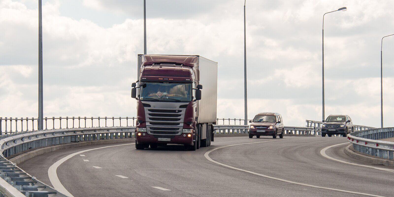 Ограничения для грузовиков с 15 июня